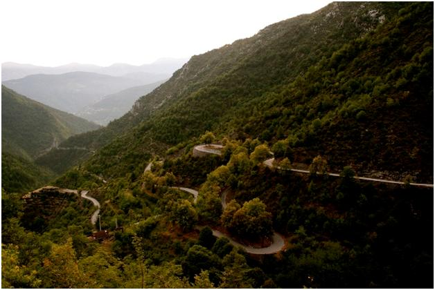 21-Roads-to-Drive-Before-You-Die-10